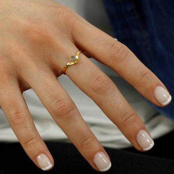 Δαχτυλίδι V με Πέτρα Γέννησης-8942