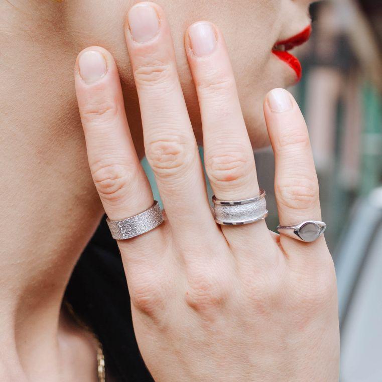 Δαχτυλίδι Ανάγλυφο με Ζιργκόν-12840