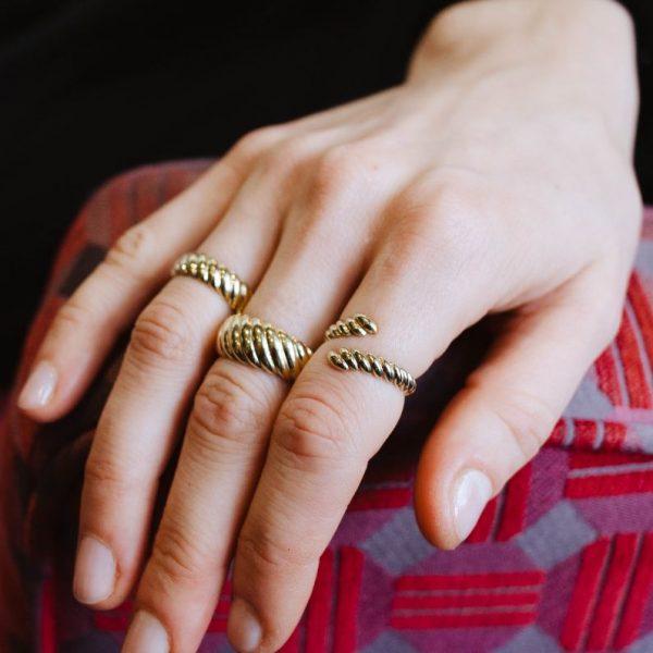 Δαχτυλίδι Twisted Ανοιχτό-12956