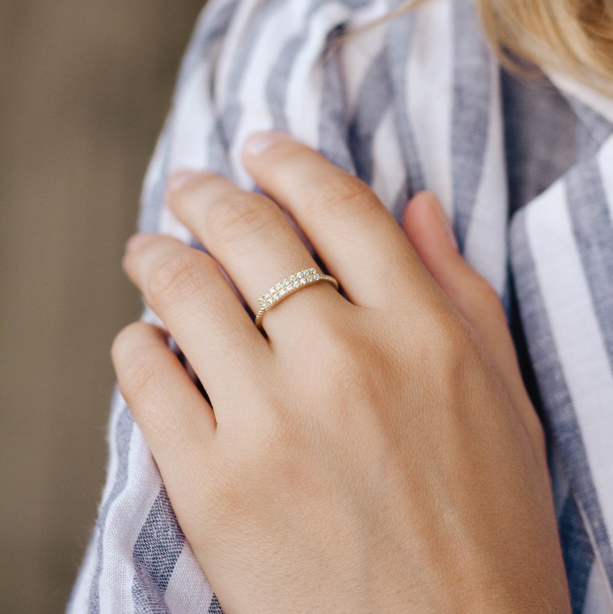 Diamond Pave Ring Gold