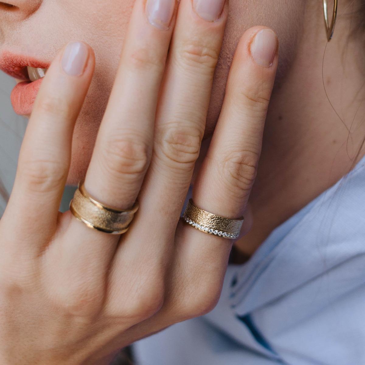 Δαχτυλίδι Ανάγλυφο Ολόβερο-14676