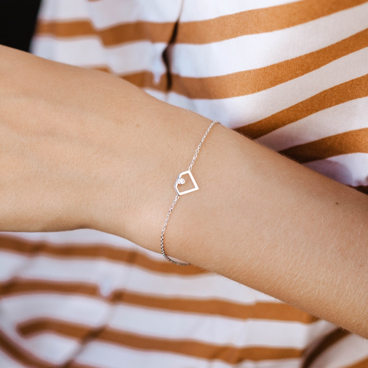 Diamond Shape Bracelet 14K Gold