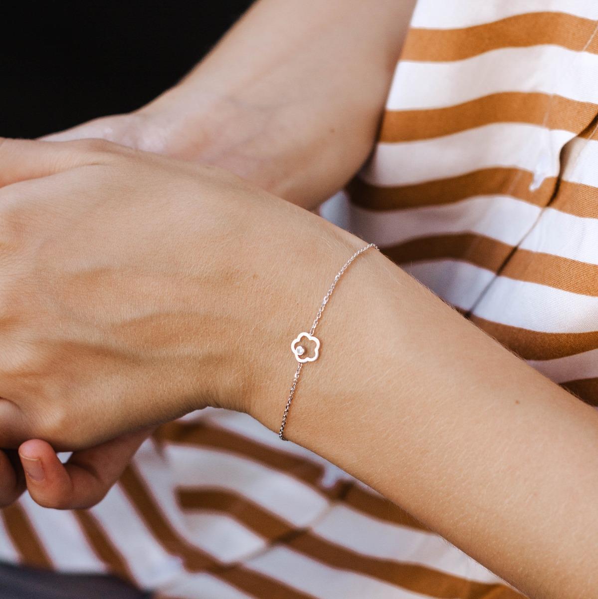 Flower Bracelet 14K