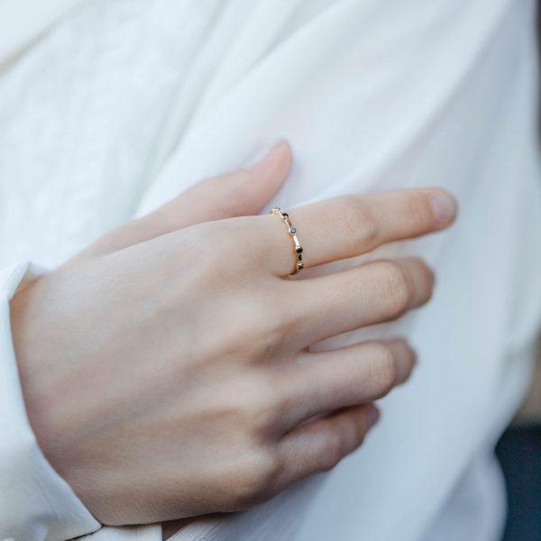 Δαχτυλίδι με 5 Μαύρα Διαμάντια Χρυσό 14Κ